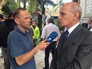 RAFAEL ILHA como repu00F3rter - entrevistando Ricardo  Boechat, apresentador do Jornal da Band