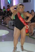 48.Miss Plus Size Gay-Meryllin Dhyor