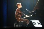 Breno Ruiz ao piano