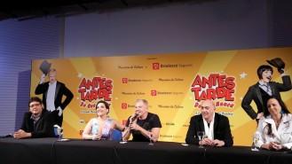 O diretor musical Josimar Carneiro, a atriz Simone Gutierrez, o ator Miguel Falabella e a coreógrafa Fernanda Chamma