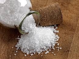 Resultado de imagem para banho de sal grosso